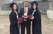 Azərbaycanlı bacılar Türkiyə universitetində birinci oldular – FOTO
