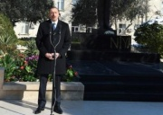 Prezident İlham Əliye Niyazinin abidəsinin açılışında olub - Foto