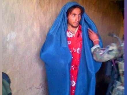İŞİD-çilər saqqallarını qırxıb, qadın paltarında qaçır