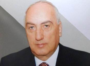 Zakir Fərəcov bacısı oğlunu Abşerona icra başçısı
