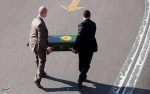 Putin İran prezidentinə qiymətli hədiyyə apardı