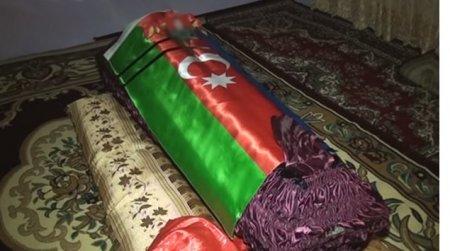 İntihar etdi deyilən əskərin fotoları ortaya çıxdı - Foto