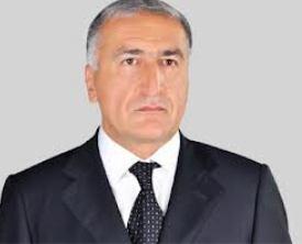 Deputat prezidentin qurduğunu dağıdır - FOTOFAKT