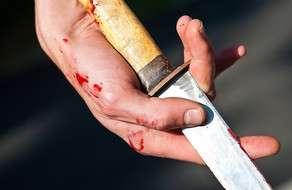 Bakıda oğul anasını bıçaqlayıb