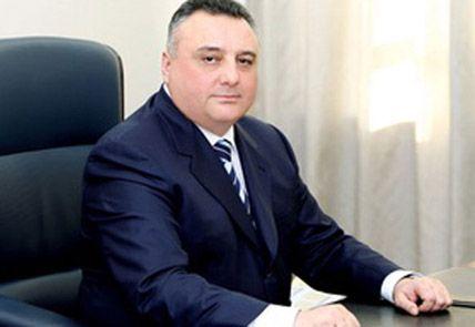 Eldar Mahmudov özünə vəkil seçdi