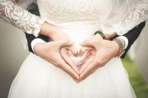 Bu qadınlarla evlənsəniz heç kim sizi bağışlamayacaq! – Haram qadınların SİYAHISI