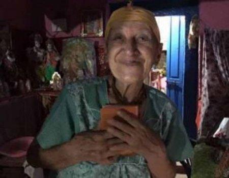 74 yaşlı azərbaycanlı qadın Hindistanda necə din xadimi oldu?