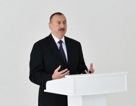 İlham Əliyev: İqtisadi böhran daha da dərinləşir