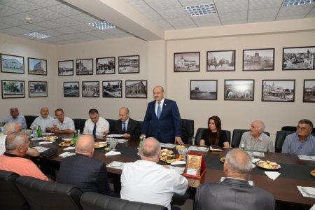 Nəsimi rayonunda Qarabağ müharibəsi veteranları və əlilləri ilə görüş keçirilmişdir.