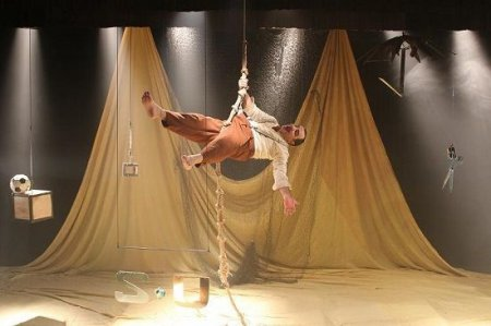 Gənc Tamaşaçılar Teatrı beynəlxalq teatr festivallarında iştirak edəcək