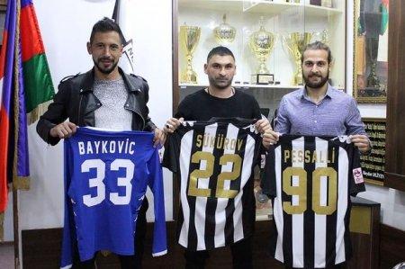 """Neftçi"" klubu üç futbolçu transfer edib"