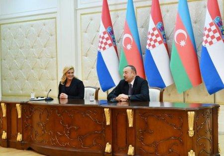 İlham Əliyev: Ermənistan sülh istəmir