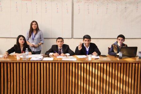 Chemistry Club of BSU və İnnovativ Mühəndislər Klubu birgə lahiyəsi olan First Chemistry Competition of Faculty - adlı kimya yarışması   təşkil olunub.
