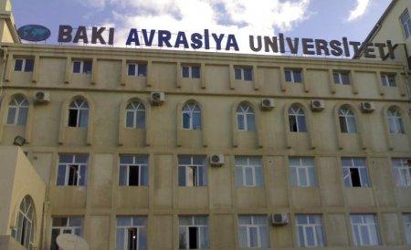 """Bakı Avrasiya Universitetində """"qış yarmarkası"""""""