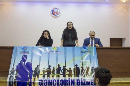 """Nərimanov rayonunda """"Gənclərin Biznes Məktəbi"""" layihəsi çərçivəsində daha bir təlim keçirilib."""