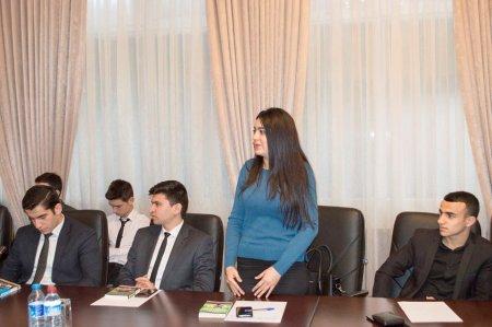 Nərimanov rayon gənclərinin Azərbaycan xalq yazıçısı Çingiz Abdullayev ilə görüşü keçirilib