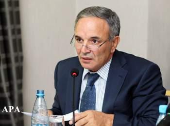 Əflatun Amaşov jurnalistin işdən çıxarılmasından danışdı