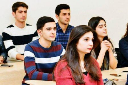 AZƏRBAYCANDA təhsildən məhrum edilən 80 min uşaq