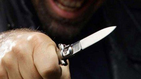 Rusiyada azərbaycanlı bıçaqlanıb
