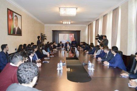 """Nərimanov rayonunda """"2 fevral – Azərbaycan Gəncləri günü"""" münasibəti ilə toplantı keçirilib."""
