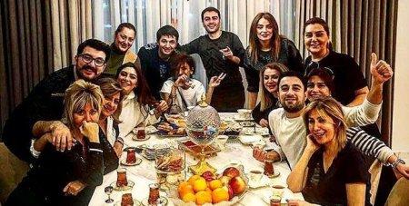 Xalq artisti evində müğənnilərə qonaqlıq verdi - FOTO
