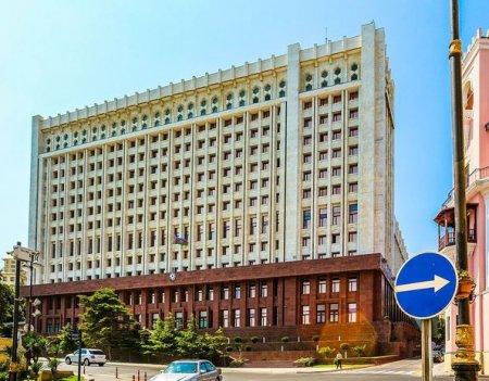 Prezident Administrasiyasının yeni strukturu təsdiqləndi – SİYAHI